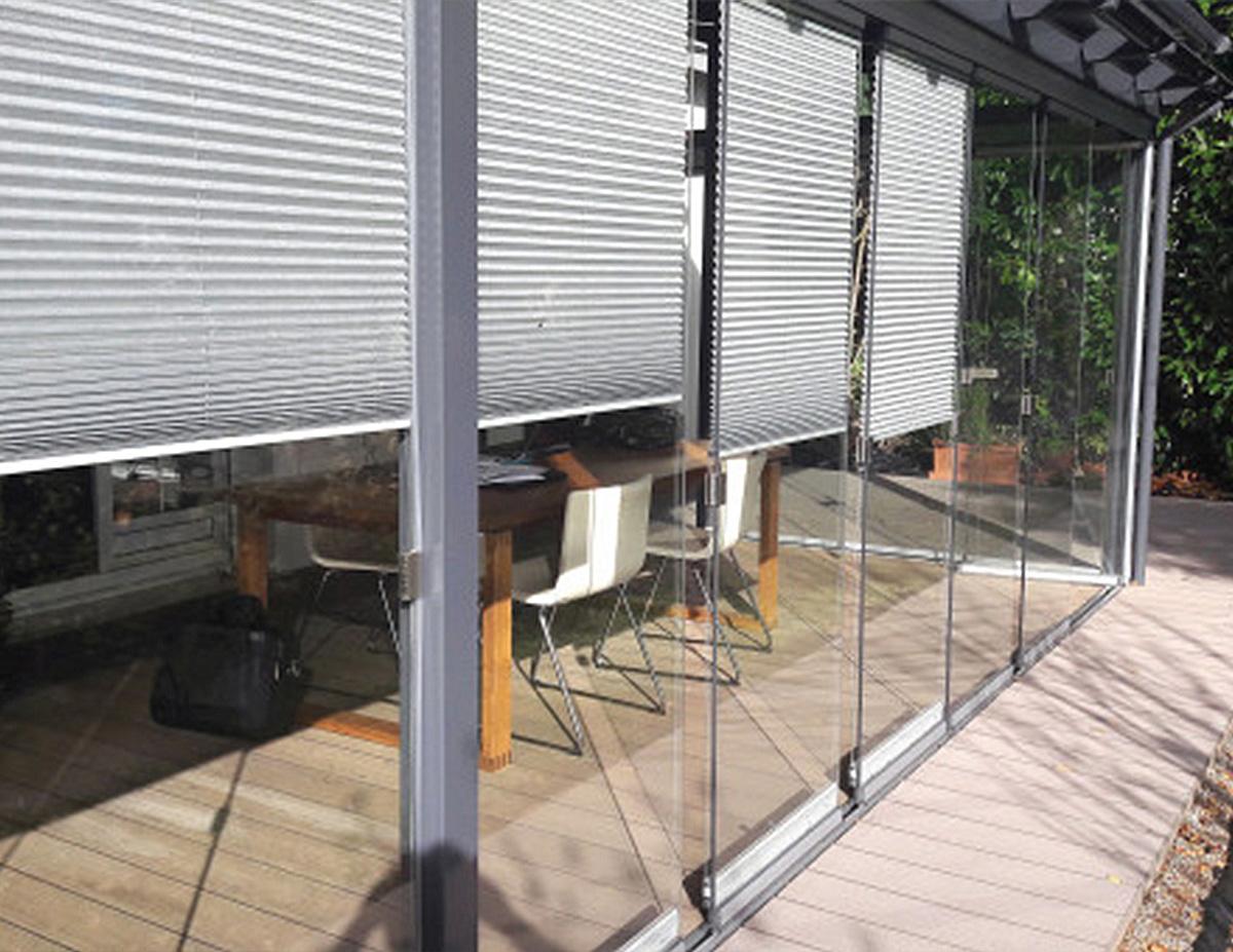 شیشه دیوار تراس